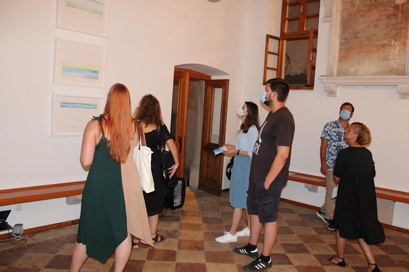 Alvona posjetitelji na izložbi-Oto Rimele[123729]